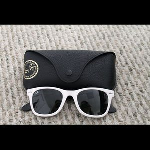 Ray-Ban Other - Authentic wayfarer glasses