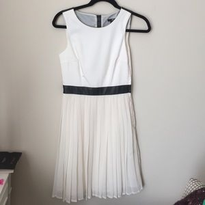 H&M Dresses & Skirts - White pleated skirt dress with faux leather detail