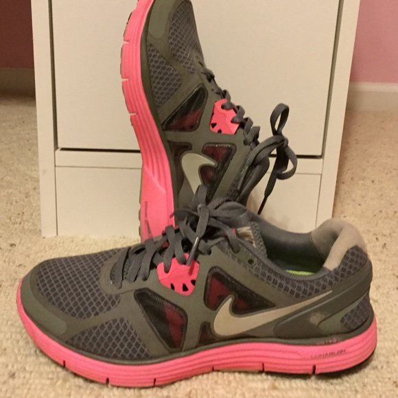 nike shoes pink and grey nike tennis shoes