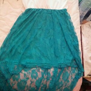Dresses & Skirts - Cute low and high dress