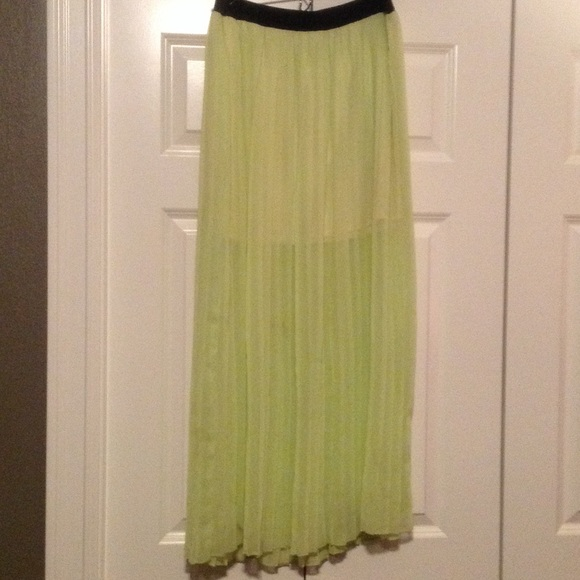 Decree Dresses & Skirts - 💞 yellow lime green half sheer pleated skirt