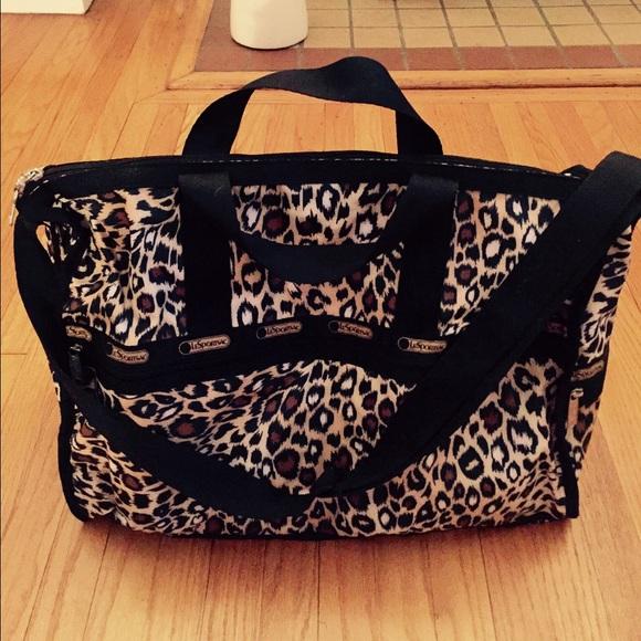56 Off Lesportsac Handbags Lesportsac Leopard Print