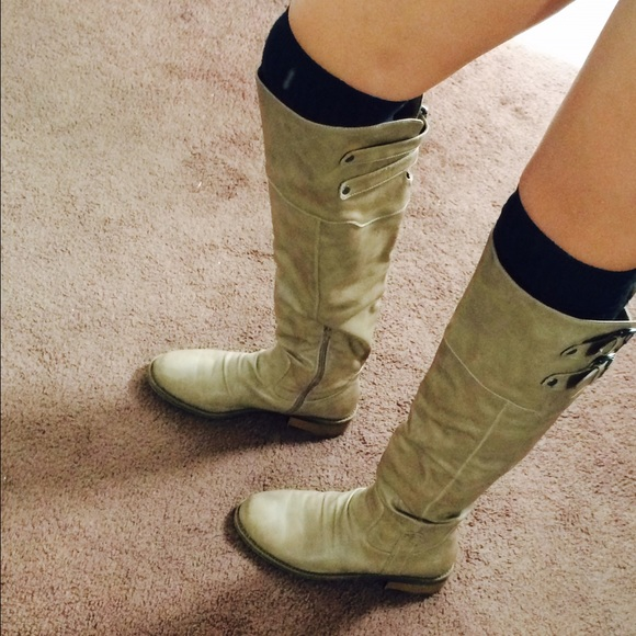 48 boots knee high camel color boots from danielle