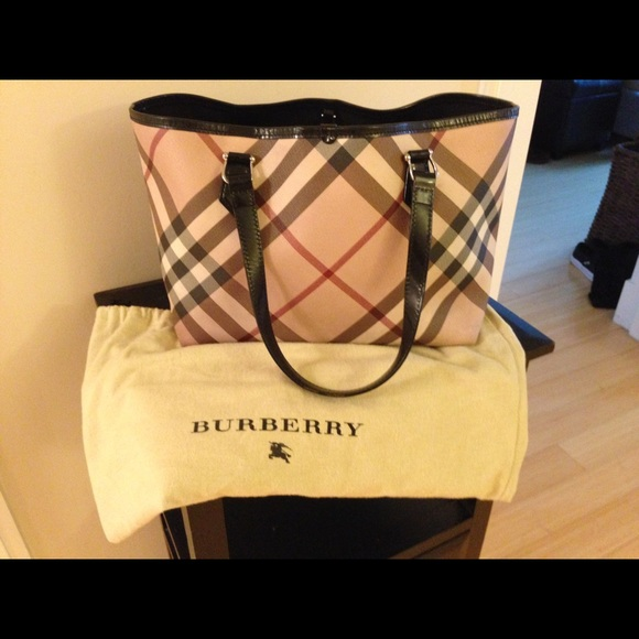 41ca8c2c194a Burberry Handbags - Burberry Nova Check Tote Bag. Original price  895.
