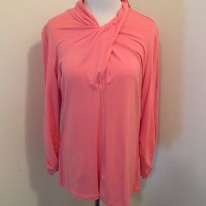 NWT NY&Co 3/4 rusched sleeve cross necked top.