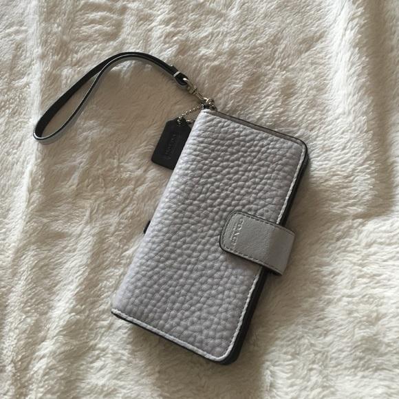 100% authentic c45e0 940d3 Grey Coach wristlet/iPhone 6 case