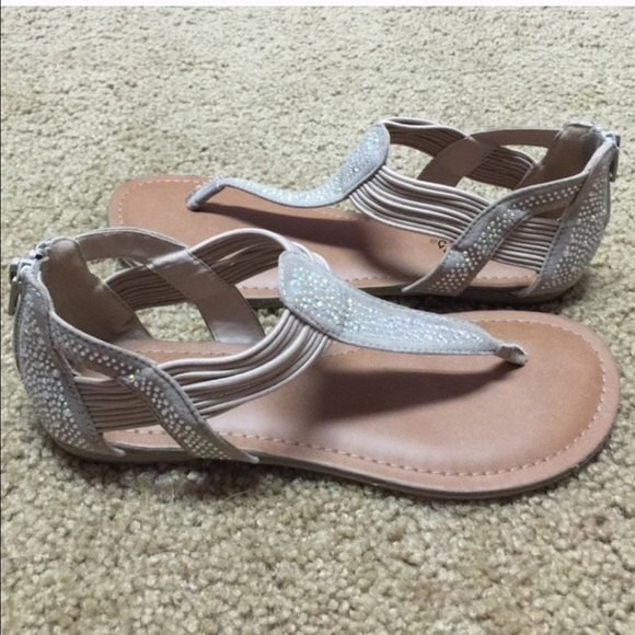 fdc5b756edaf0a Candie s Shoes - 🏡 SALE - Candies sandals