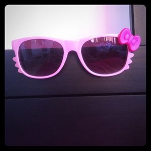 H&M Other - Pink Hello Kitty Sunglasses