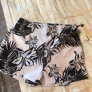 BB Dakota Floral Shorts