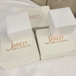 Pandora 5 BUNDLE PANDORA CHARM BOX Jared Jewelry Boxes from