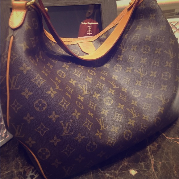 7a5d2653452 Louis Vuitton Handbags - Louis Vuitton Delightful MM