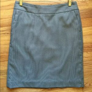 Banana Republic size 2 pencil skirt