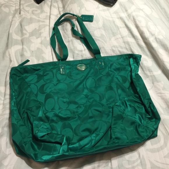 99de923f6c2e Extra Large Jade colored Coach overnight bag NWT