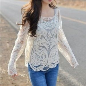 Tops - NWT Ivory Embroidered Tulle Loose Fit Top Blouse