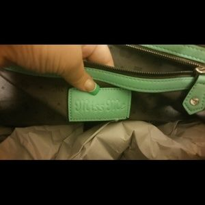Miss Me Bags - NWT MISS Me handbag Purse fleur de lis 01b2de6955c03