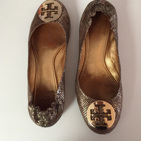 ebd67a0843ca Tory Burch Reva flats gold snakeskin embossed 7.5M.  M 55f05db6bcd4a70029028939