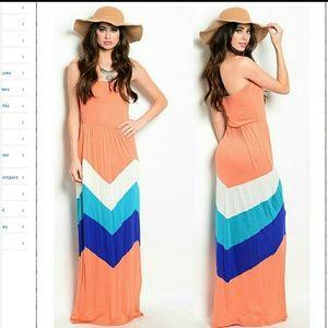 Boutique  Dresses & Skirts - Strapless dress long maxi chevron zigzag print new