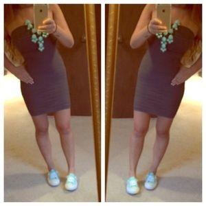 Dresses & Skirts - Grey wavy dress