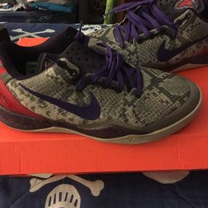 Shoes - Kobe 8s