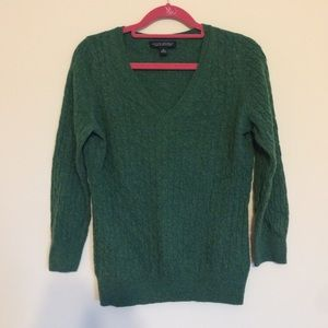 Banana Republic Sweaters - Hunter green cable knit sweater