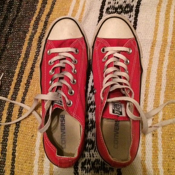 Converse Shoes   Used Red Converse