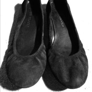 Audrey Brooke Shoes - Black suede ballet flats, Size 5.5