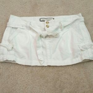 Abercrombie & Fitch Dresses & Skirts - Abercrombie & Fitch white linen mini skirt