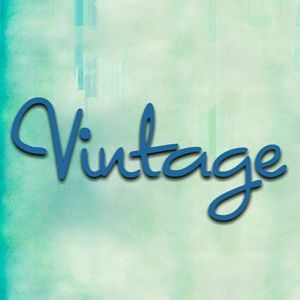 A great selection of vintage items