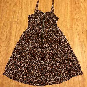 Divided Dresses & Skirts - Leopard H&M cheetah animal print short dress