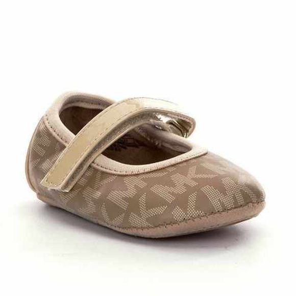 a1ed2d713d5e Michael Kors shoes for baby girl. M 55f184b9ea3f368684003c46