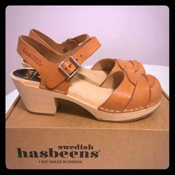 5823eaa8ccc Swedish Hasbeens clog low heel Natural 38 NWT