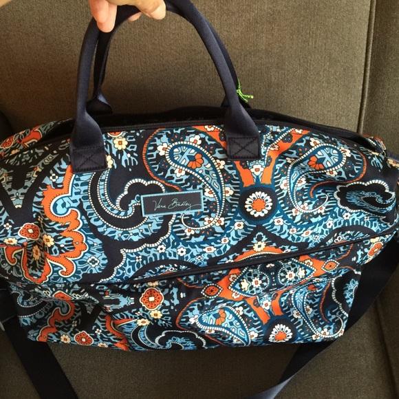 NWT Vera Bradley lighten up expandable travel bag 4350535722027