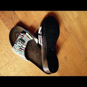 Comfortable light weight footwear
