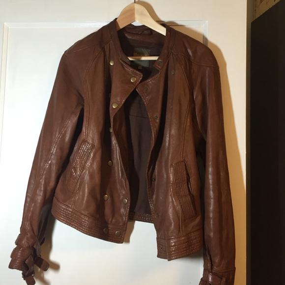 3f2998c6493 Madewell Jackets   Blazers - Madewell Wearmaster Brown Leather Jacket