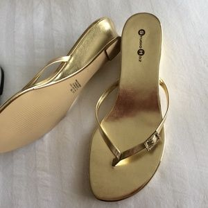 4453f0cfee98ea Touch Ups Shoes - Silver + Gold Dressy Prom Flip Flops Bundle