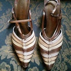 Shoes - Cute pionty low heels