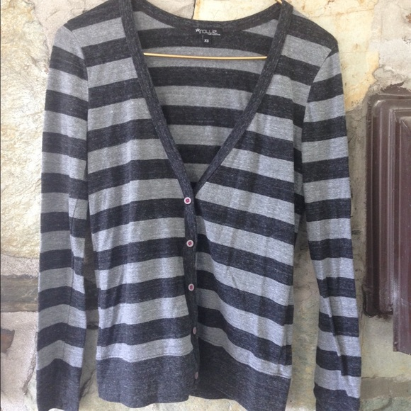 Nollie Sweaters - PacSun nollie grey striped cardigan. Size xs