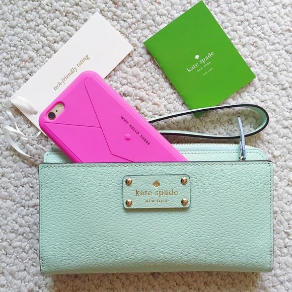 free shipping 2a29f 646a6 Kate Spade Layton Tech Wallet/Wristlet NWT