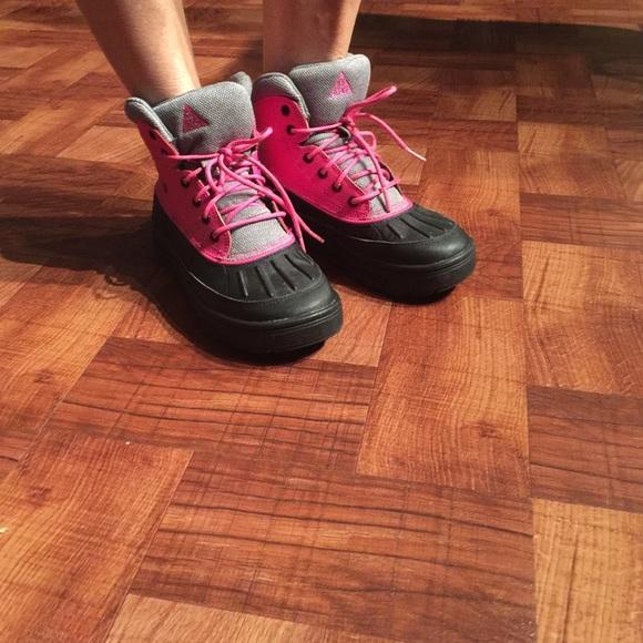 acg boots girls