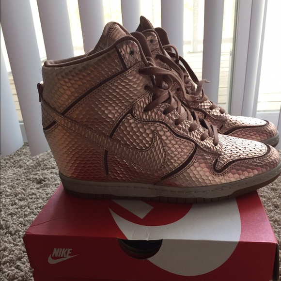 classic fit fd01c ab133 ... denmark nike snakeskin rose gold wedge sneakers size 9 134a3 e0ccb