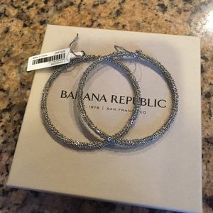 Banana Republic silver chain hoop earrings