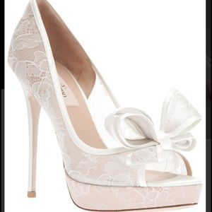 Valentino Shoes - Valentino Couture Bow Lace Pump