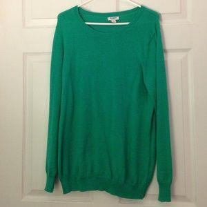 Green oversized sweater