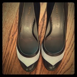 Marc Jacobs Shoes - ✨NEW✨ Marc Jacobs Navy Blue Pumps