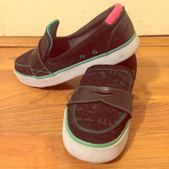 00a5ca1512a Nike Shoes - Nike 6.0 Balsa Loafer -Black with Teal Pink Detail