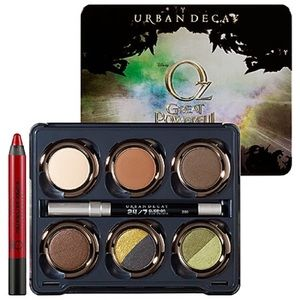 *L-E* Urban Decay Oz Theodora Eyeshadow Palette