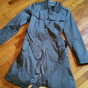 NEW YORK & CO tailored fitted grey trench coat