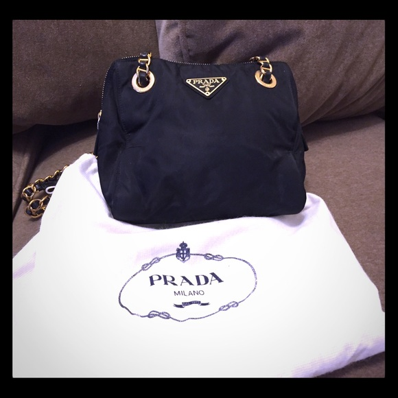 Authentic vintage Prada handbag with double chains.  M 55f468ca5a49d0492c00b1e7 74da0cb9d9d3e