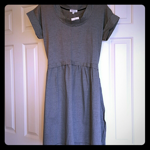Generra Dresses & Skirts - NWT Generra White and Dark Navy Striped Dress -M
