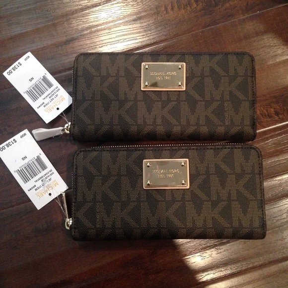 229849342e09 Michael Kors Jet Set Continental Wallet Brown NWT